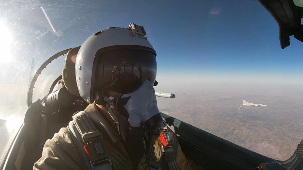 ВКС РФ разрабатывает методологию применения женских экипажей в авиационных частях