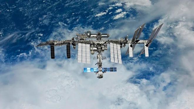В Роскосмосе исключили вероятность «земного» происхождения дыры в корпусе «Союза»