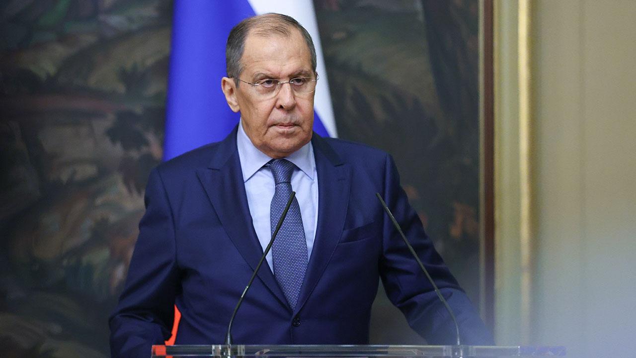 Лавров заявил, что слова Зеленского о русских в Донбассе разжигают межнациональную рознь