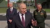 «Девочки не мешали?»: Путин пообщался с курсантами в учебно-методическом центре «Авангард»