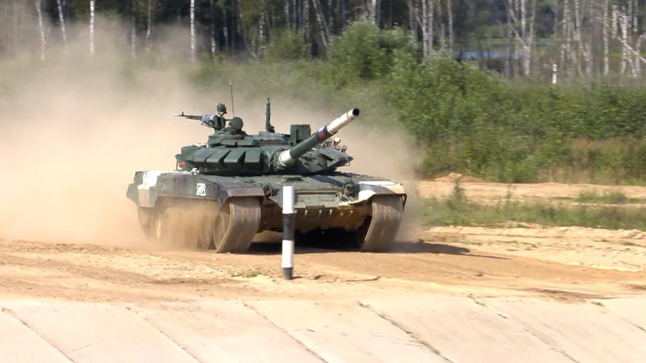 Российский экипаж выиграл индивидуальную гонку «Танкового биатлона»