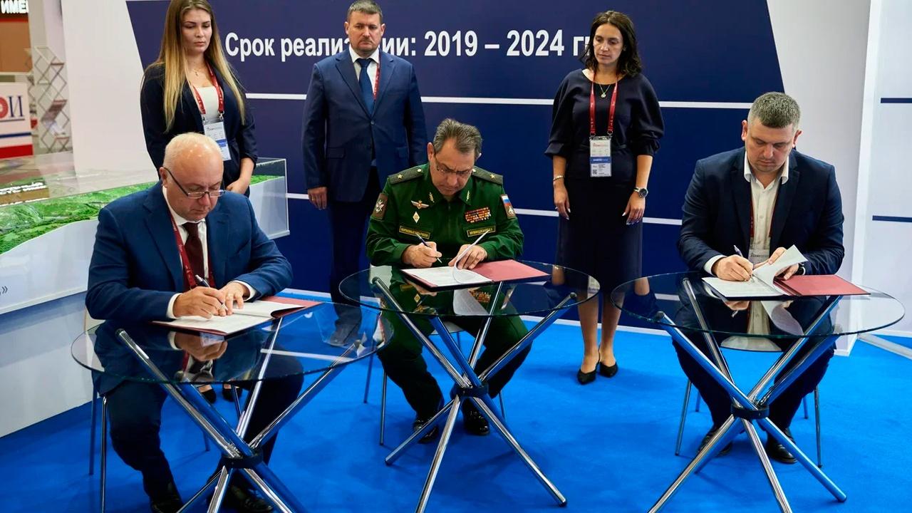 Объекты федеральной инфраструктуры: Минобороны подписало соглашение по производственно-логистическому комплексу в Севастополе