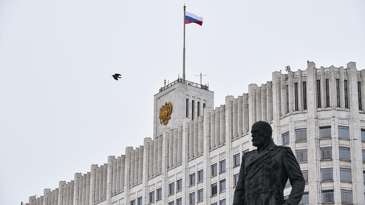 Кабмин РФ утвердил запрет на госзакупки определенных видов импортной электроники