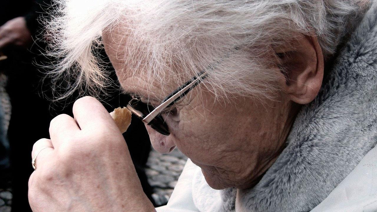 Назван один из самых ранних симптомов болезни Альцгеймера