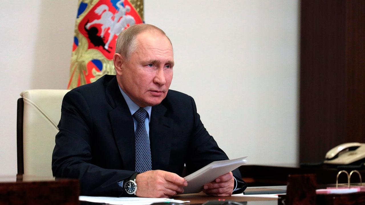 Путин заявил, что АрМИ стали событием международного масштаба