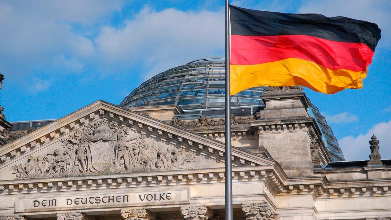 СМИ: главу Минэкономики Германии госпитализировали во время заседания Бундестага