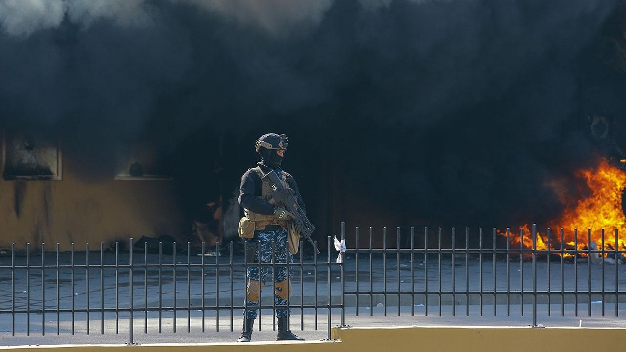 СМИ: три ракеты упали около международного аэропорта Эрбиля в Ираке