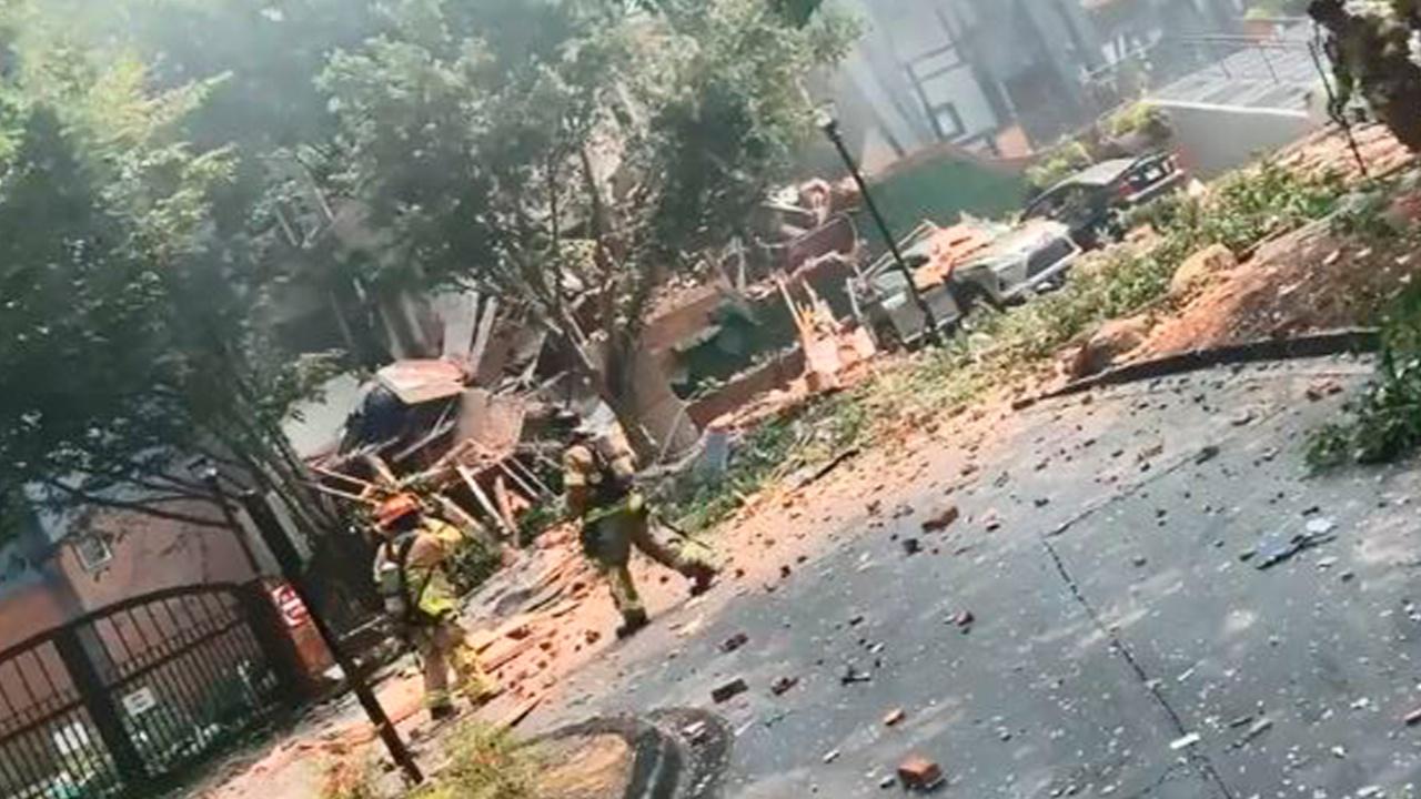 СМИ: из-за взрыва в США частично обрушился жилой дом