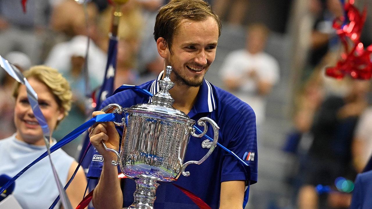 Знаменитости на трибунах и годовщина свадьбы: как Медведев сумел выиграть US Open