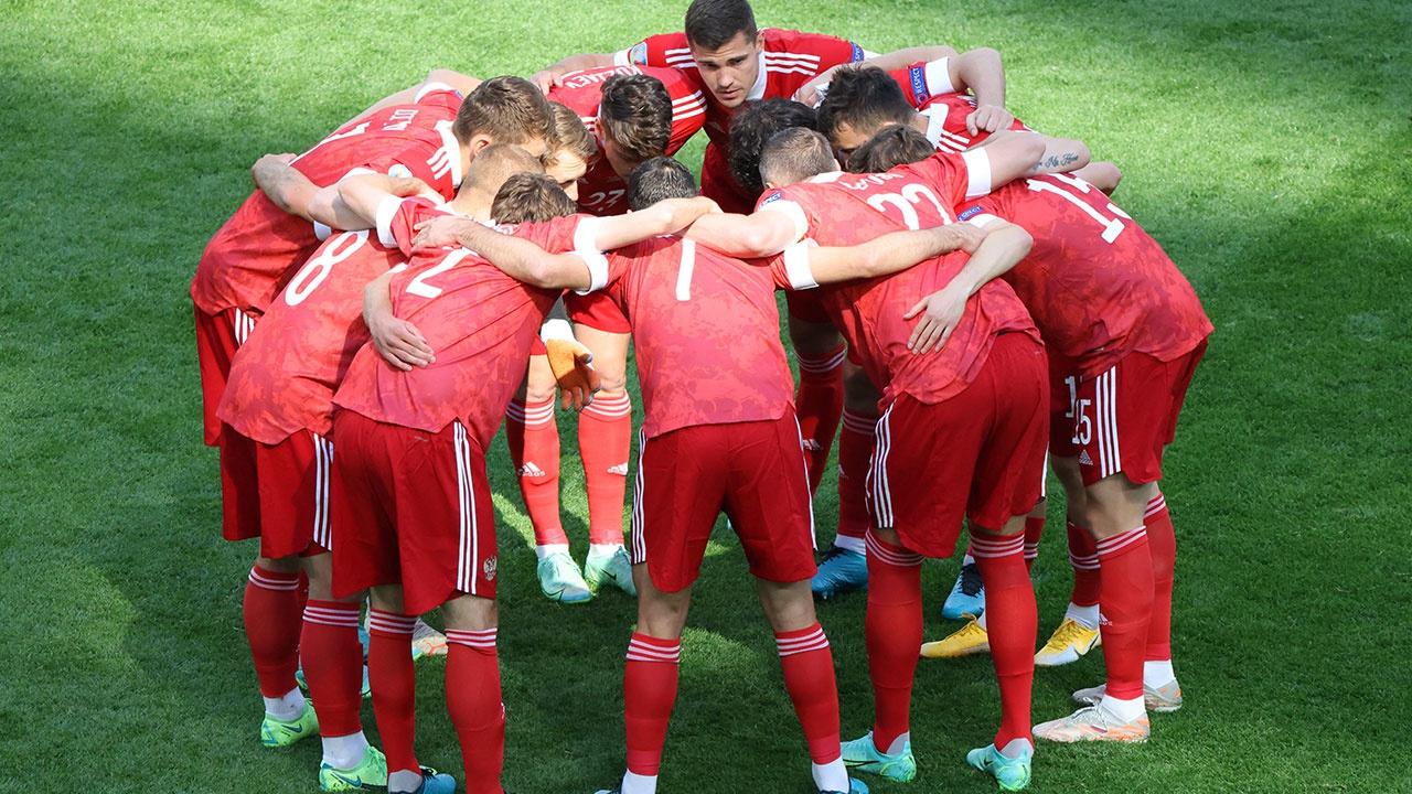 Сборной России по футболу поставлена задача по выходу на Олимпийские игры в 2024 году