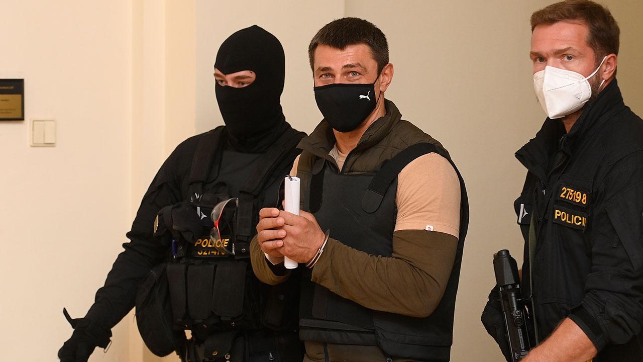 Чешский суд отправил задержанного гражданина РФ под стражу
