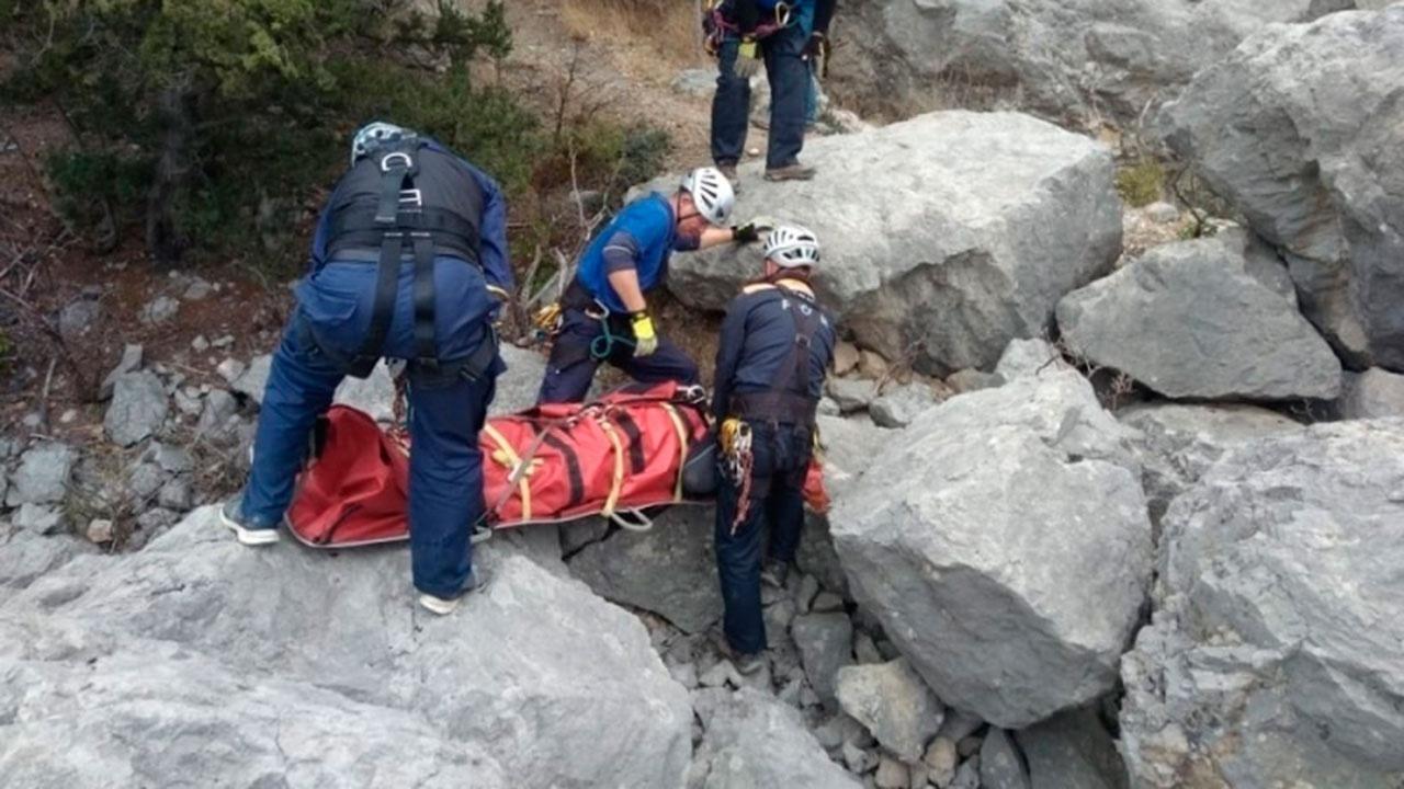 В Минздраве КЧР рассказали о тяжелом состоянии пострадавшей при сходе ледника туристки