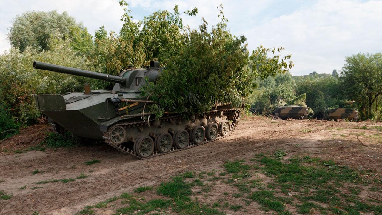 Морпехи Балтфлота выполнили артиллерийские стрельбы из самоходных установок на учениях «Запад-2021»