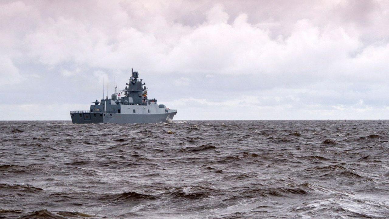 Командующий Северным флотом подвел предварительные итоги арктических учений