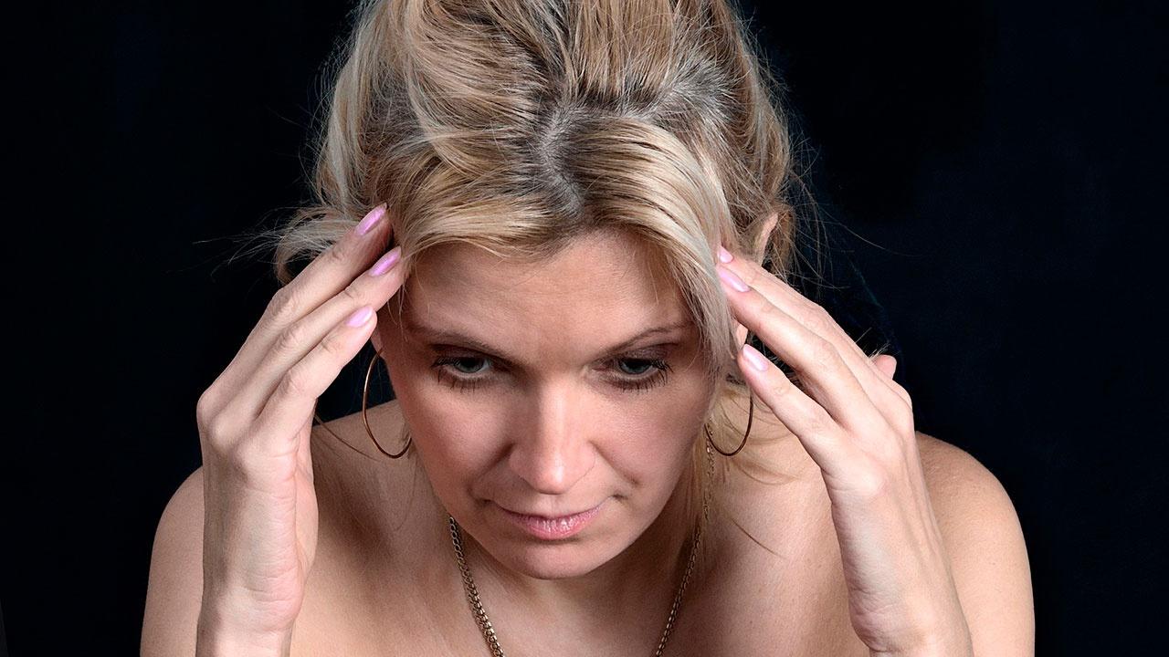 Невролог рассказал, как COVID-19 может влиять на работу мозга