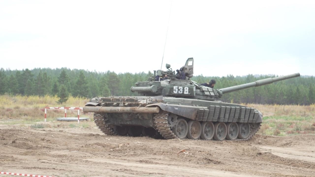 В Бурятии торжественно открыли новый танковый полигон