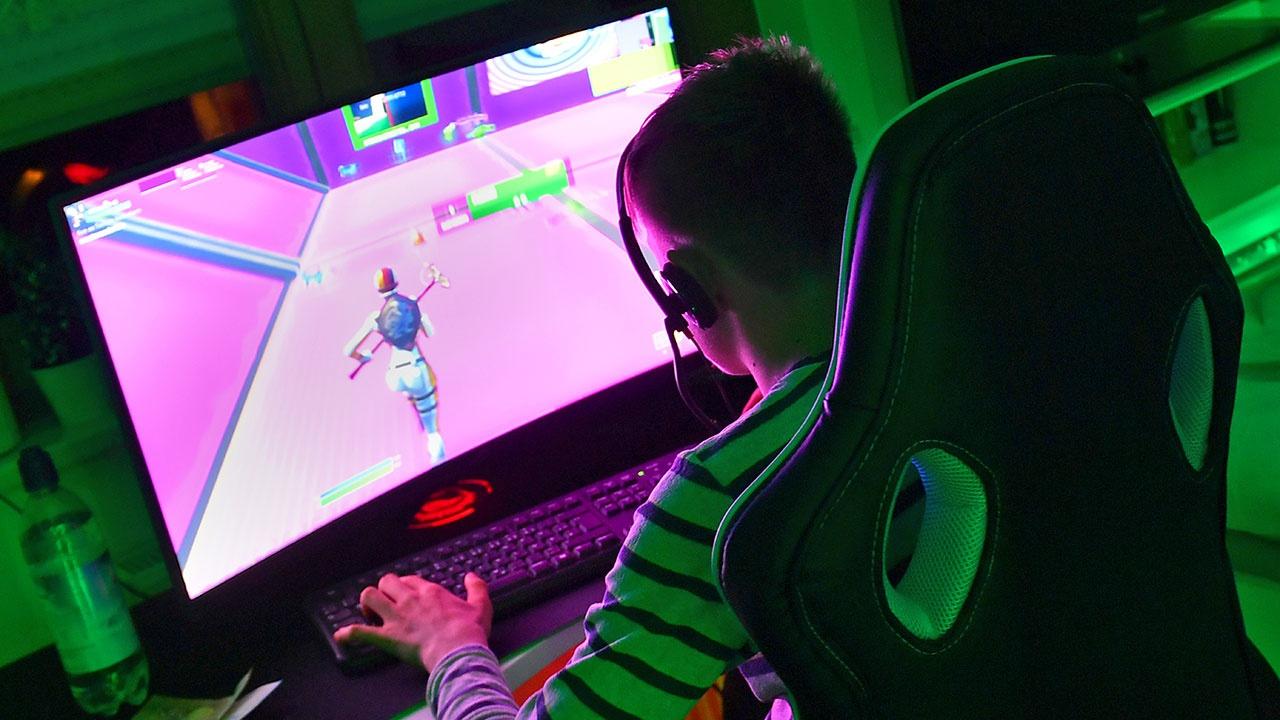 Испанского подростка впервые в мире госпитализировали из-за пристрастия к компьютерной игре