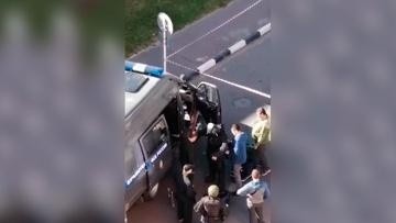 К атакованному отделению полиции под Воронежем прибыли взрывотехники ФСБ