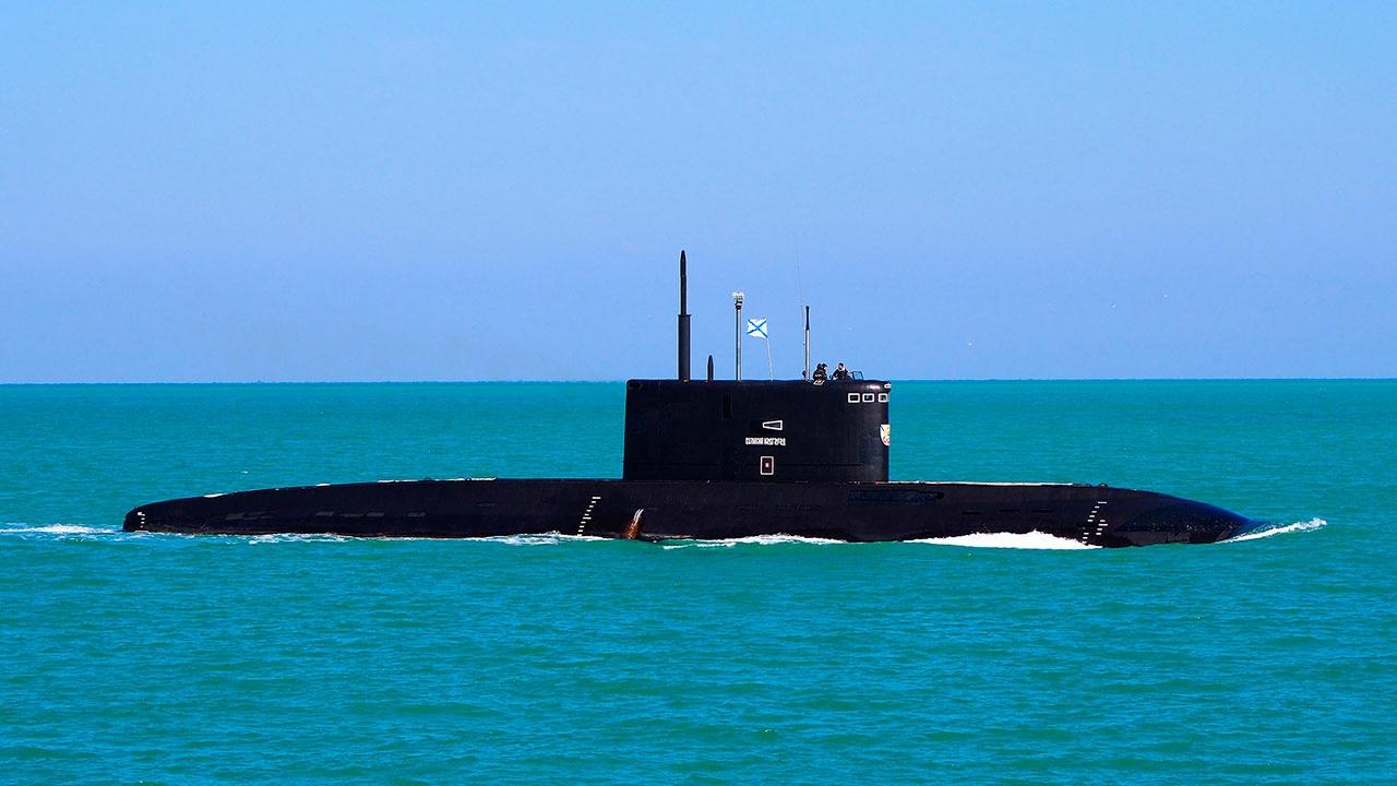 Подлодка «Великий Новгород» нанесла торпедный удар в акватории Черного моря