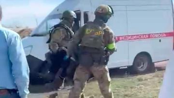 Опубликовано видео задержания подозреваемого в нападении на отдел полиции под Воронежем