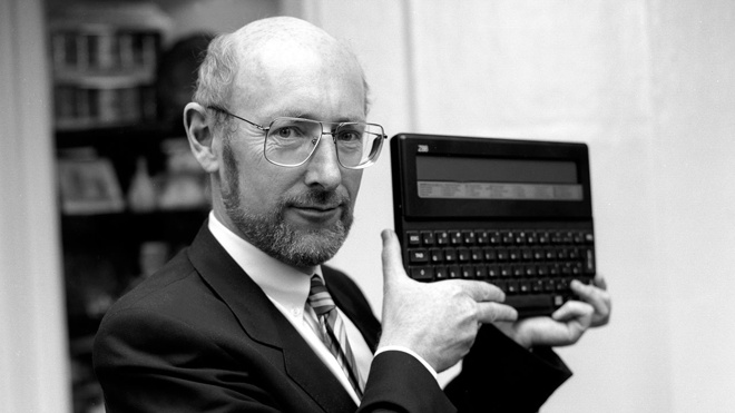 СМИ: умер создатель компьютера ZX Spectrum Клайв Синклер