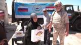 ЦПВС приносит мир: российские военные помогли годами жившей без поставок продуктов сирийской деревне