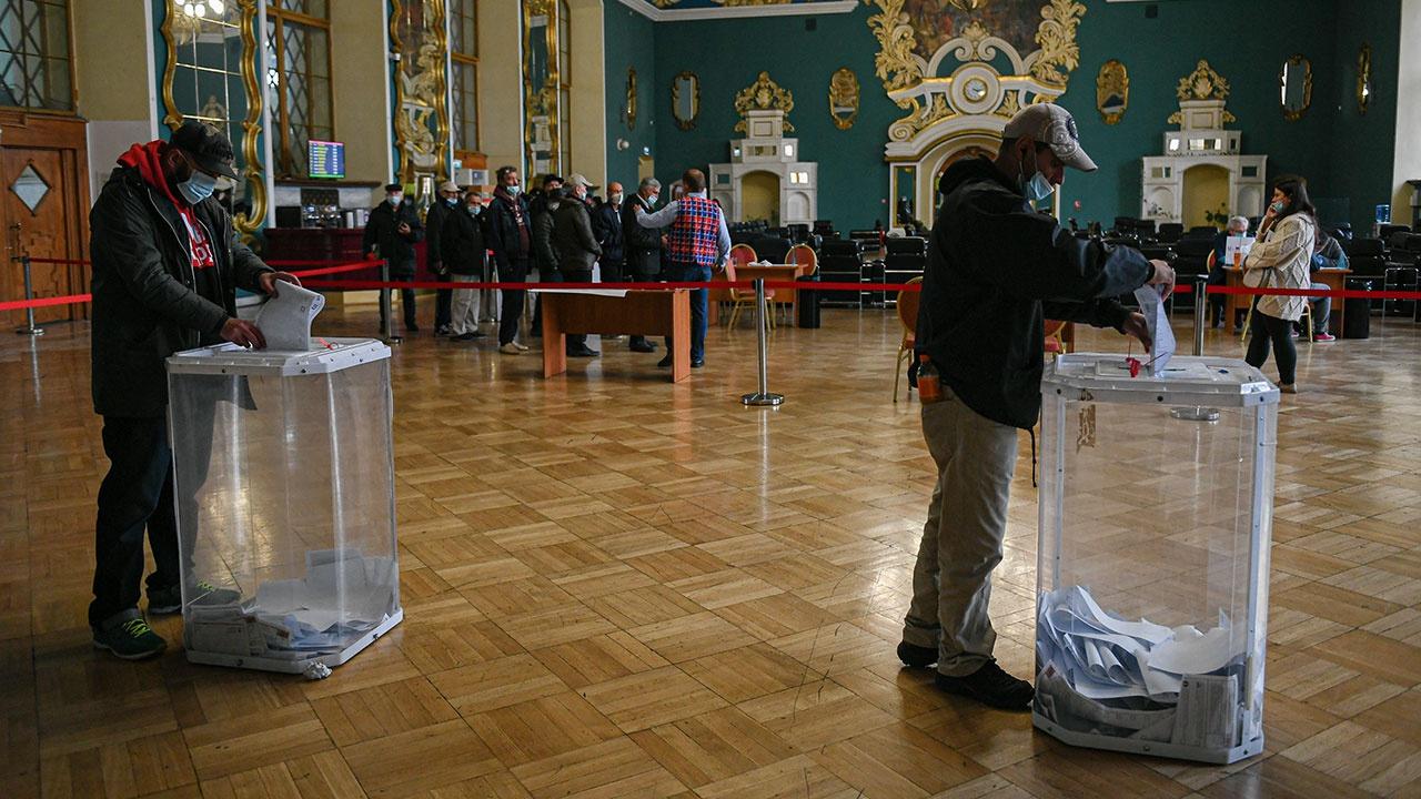 Явка на выборах в Госдуму по всей России составляет 45,15%