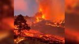 На Канарах лава вплотную подошла к жилым домам