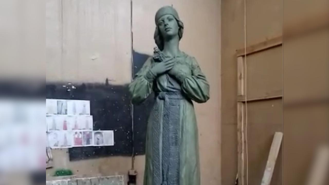 Новый вариант скандального памятника Аленке показали в Нововоронеже