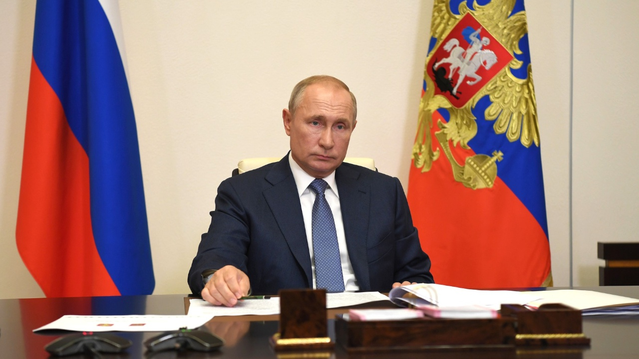 Путин выразил соболезнования родным погибших при стрельбе в пермском вузе