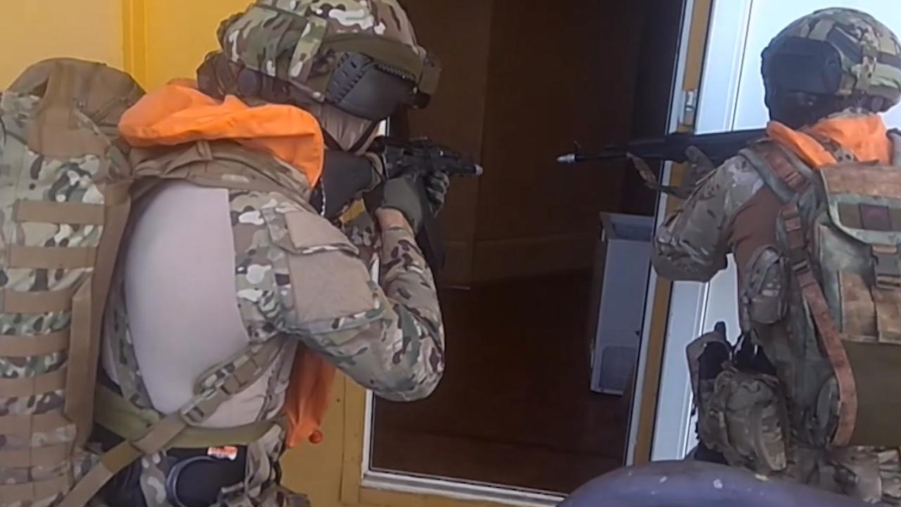 В Черном море силовики предотвратили «теракт» на газодобывающей платформе и освободили «заложников»
