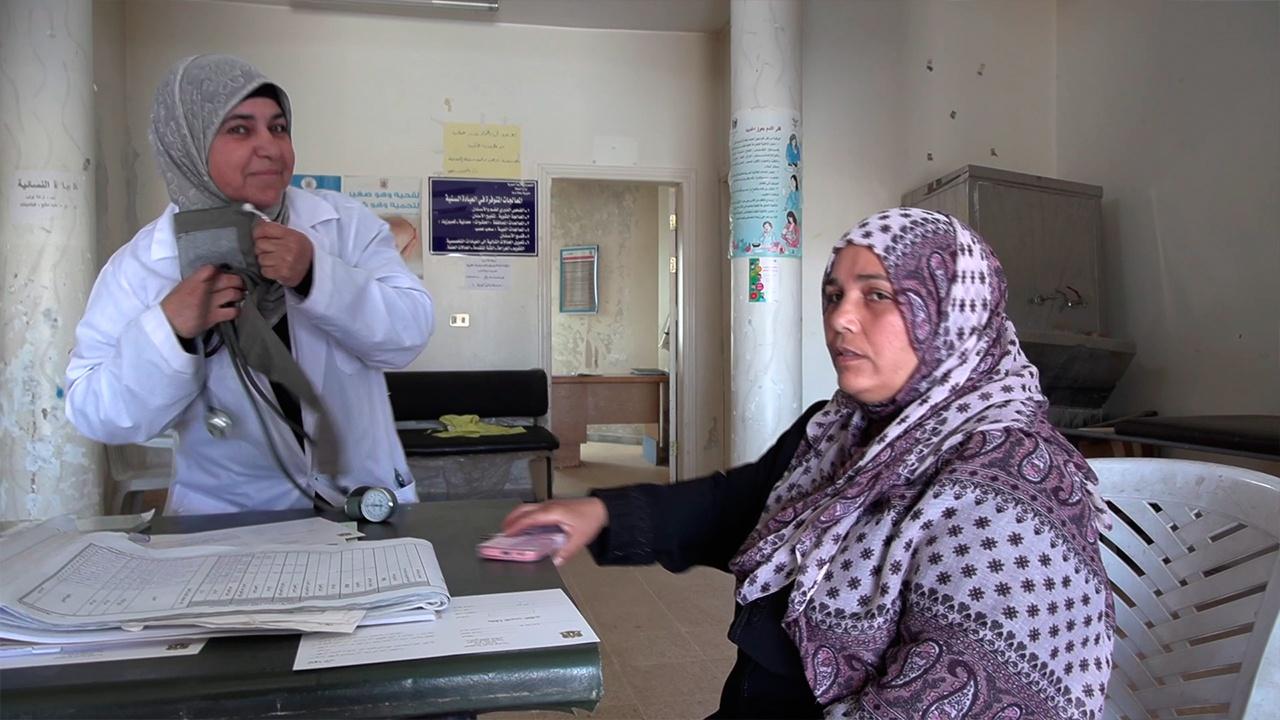 Вернуться к мирной жизни: в сирийском Эль-Музейриб открылся медпункт спустя десять лет войны