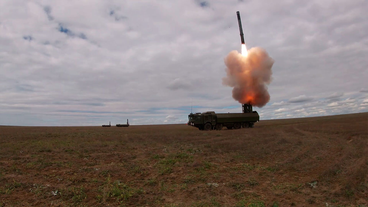 Ракетный страж: комплексы «Бастион» уничтожили «противника» в Черном море