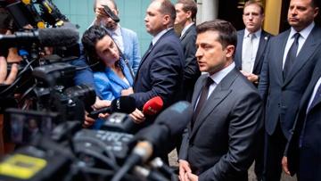 «Плата за реформы»: Зеленский «объяснил» покушение на Шефира