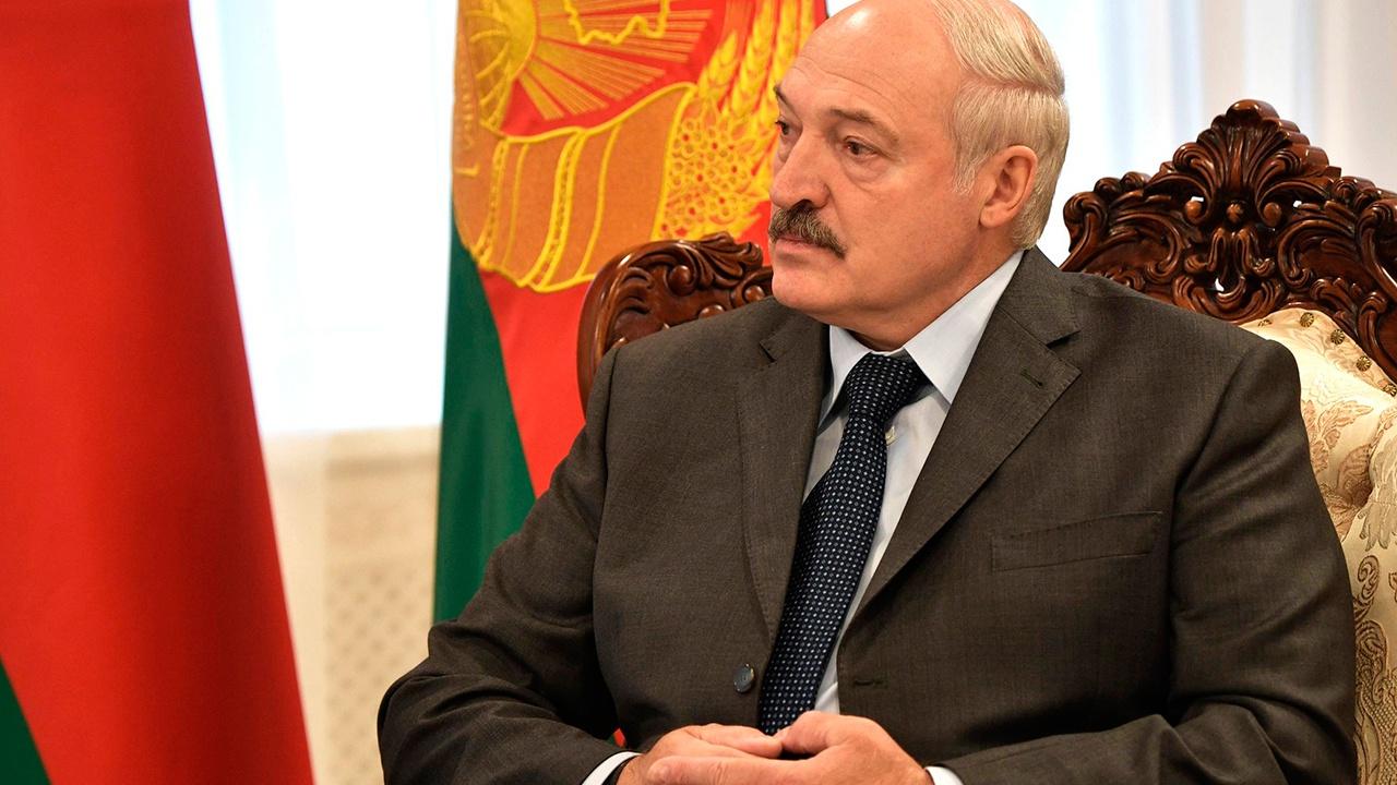 СМИ: Лукашенко прибыл в Сочи с частным визитом