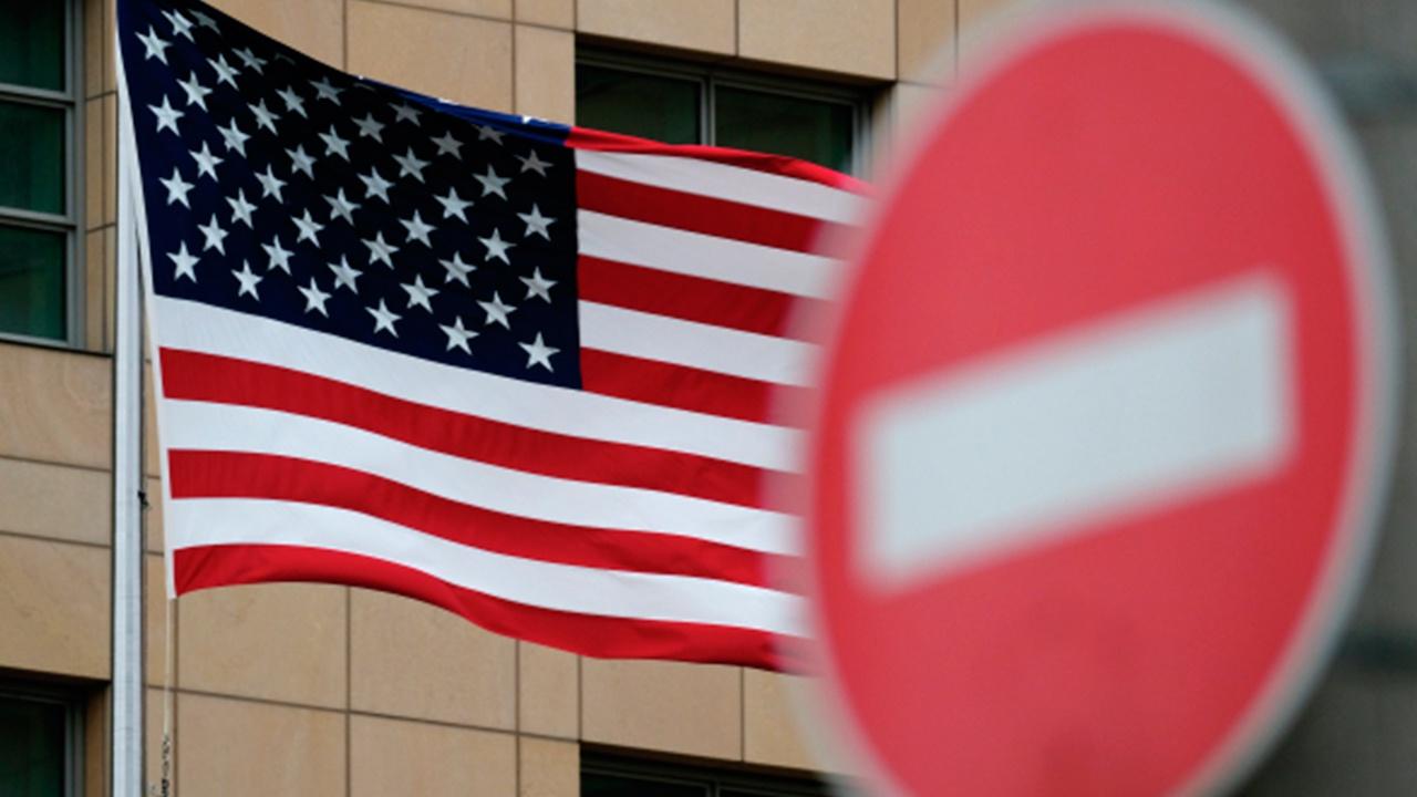 Песков заявил, что новые санкции США перечеркнут «дух Женевы»