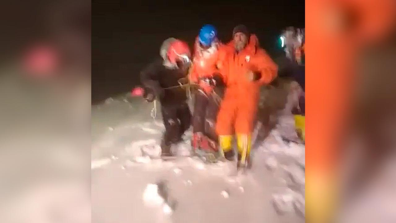 «Сильное обморожение»: в МЧС рассказали о состоянии альпинистов на Эльбрусе
