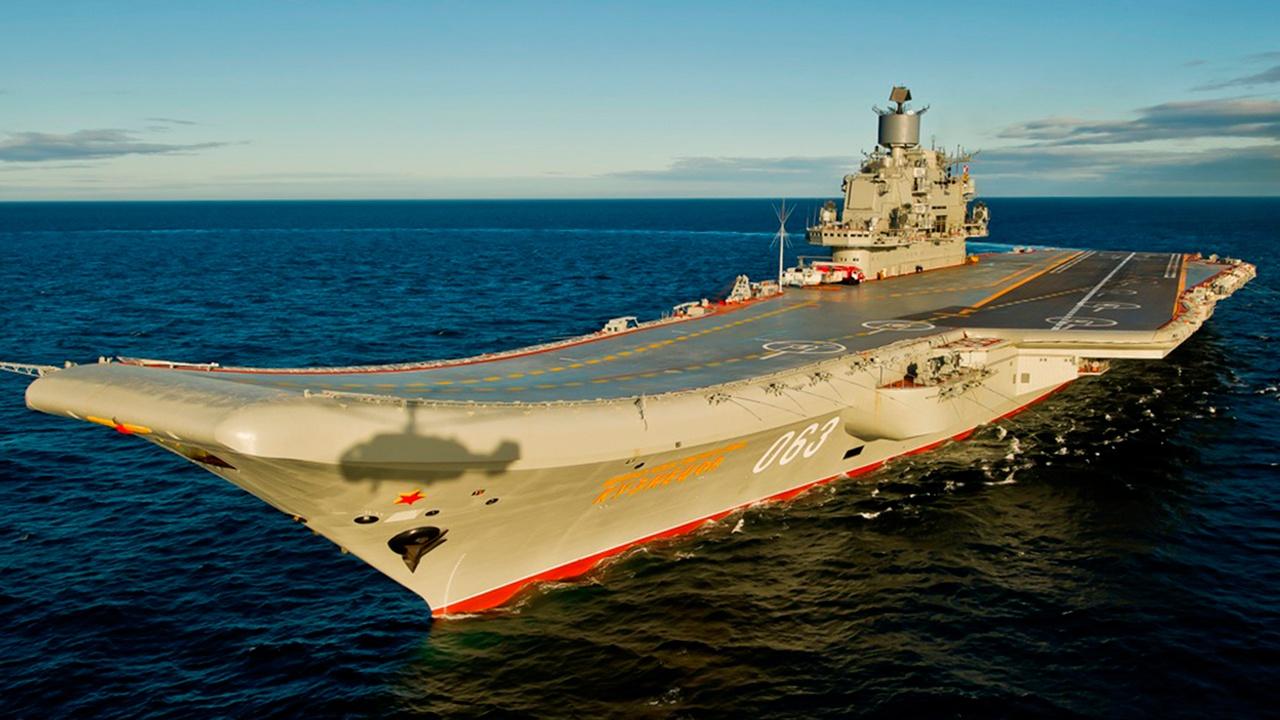 В ОСК назвали сроки передачи авианосца «Адмирал Кузнецов» ВМФ