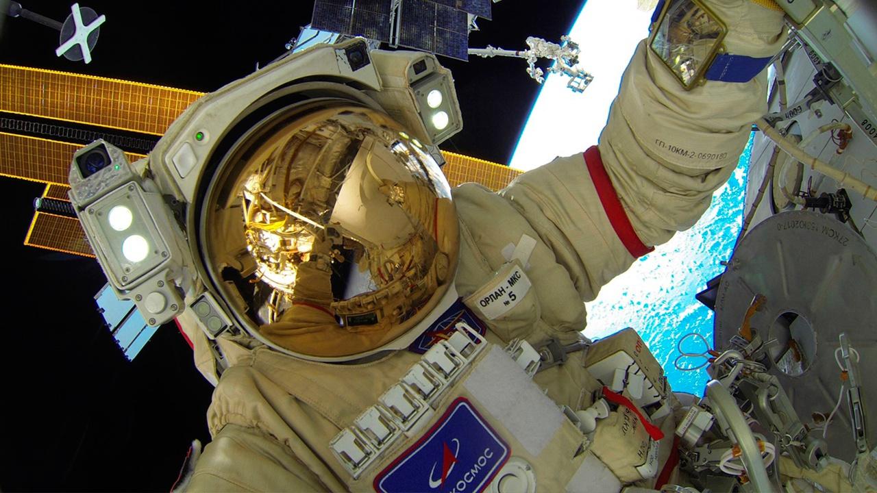 Российские космонавты могут установить рекорд по числу выходов с МКС