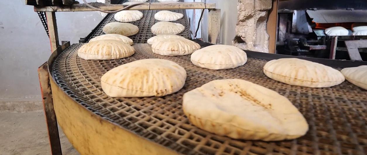 Обеспечить население: в сирийском Деръа возобновили работу три хлебопекарни