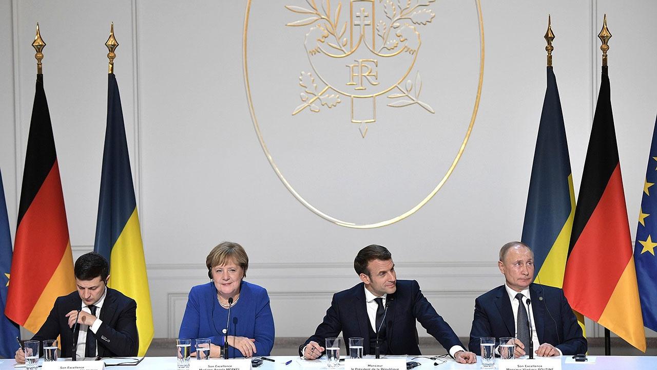 В Киеве заявили о желании провести встречу в «нормандском формате» до ухода Меркель с поста канцлера