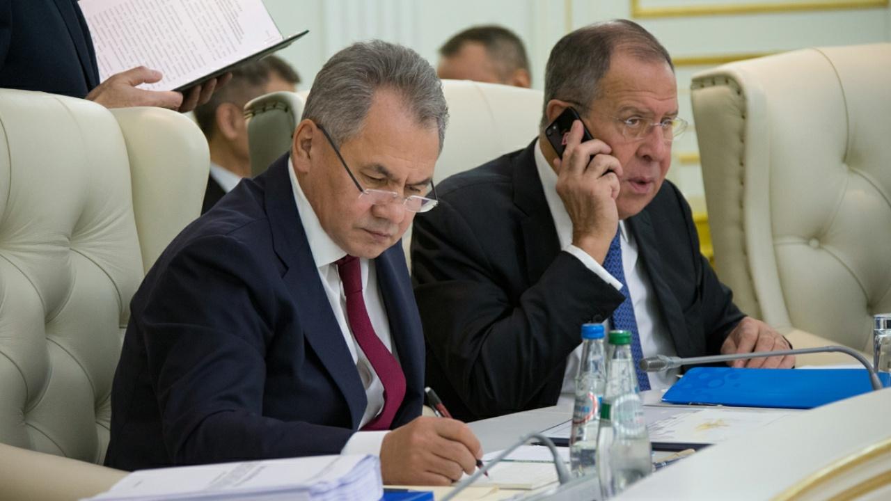 Песков: Шойгу и Лавров остаются на своих постах и не идут в Госдуму