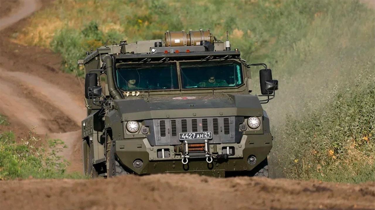 Мотострелки ЮВО применили новейшие бронеавтомобили «Линза» в Северной Осетии