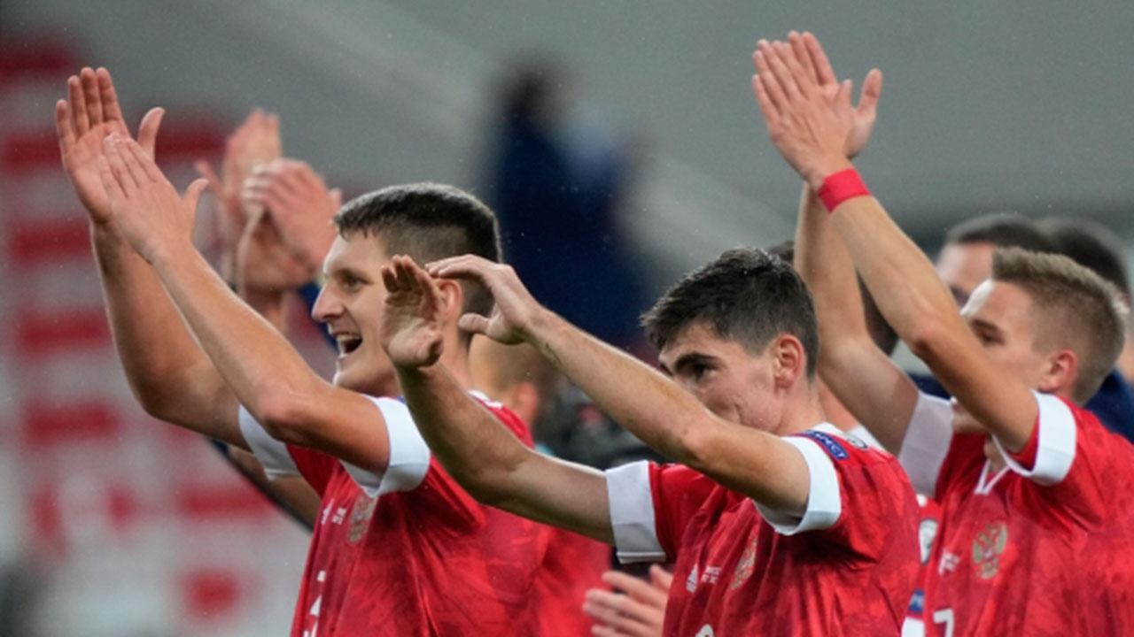 Назван итоговый состав сборной России по футболу на матчи против Словакии и Словении