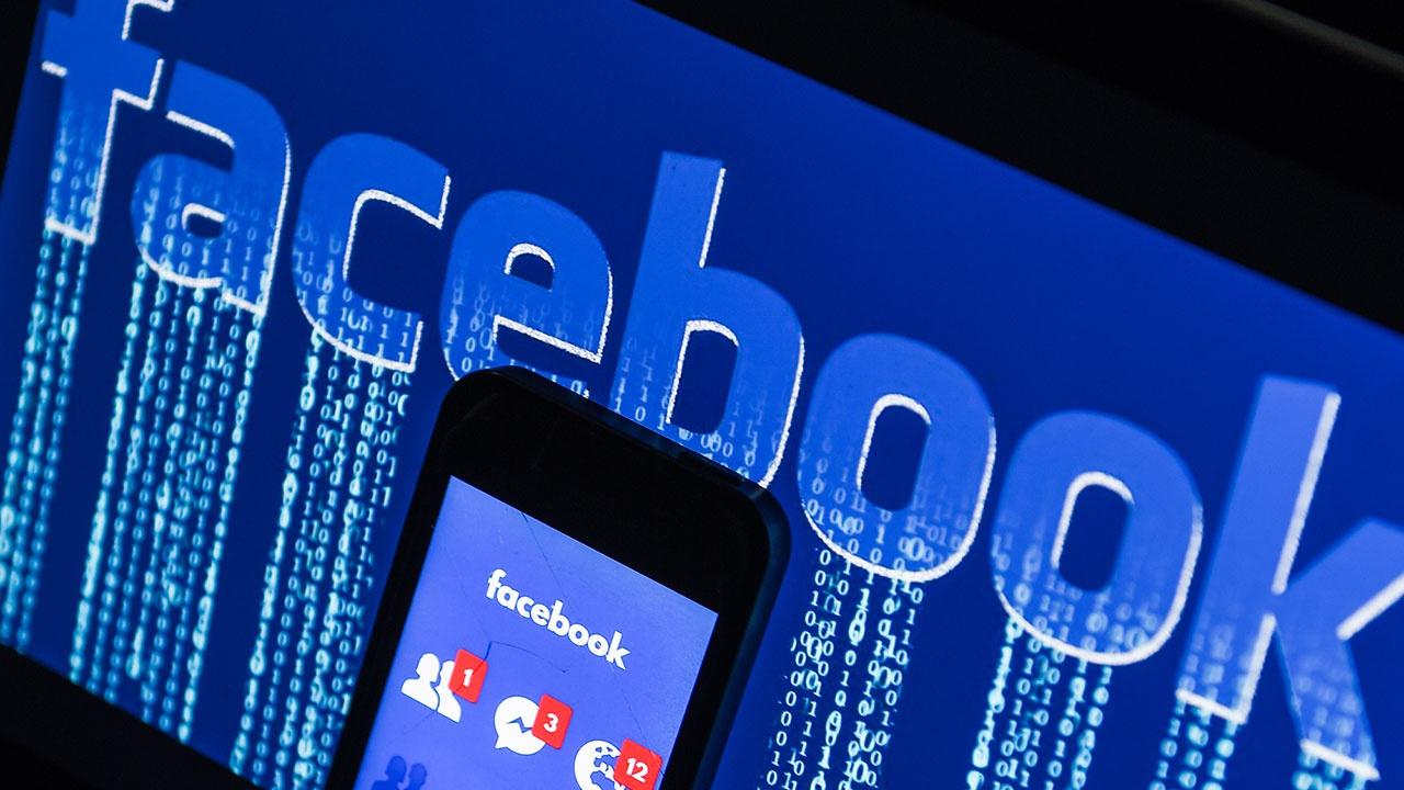 Facebook просит отсрочить оплату штрафа в РФ из-за «технических проблем»