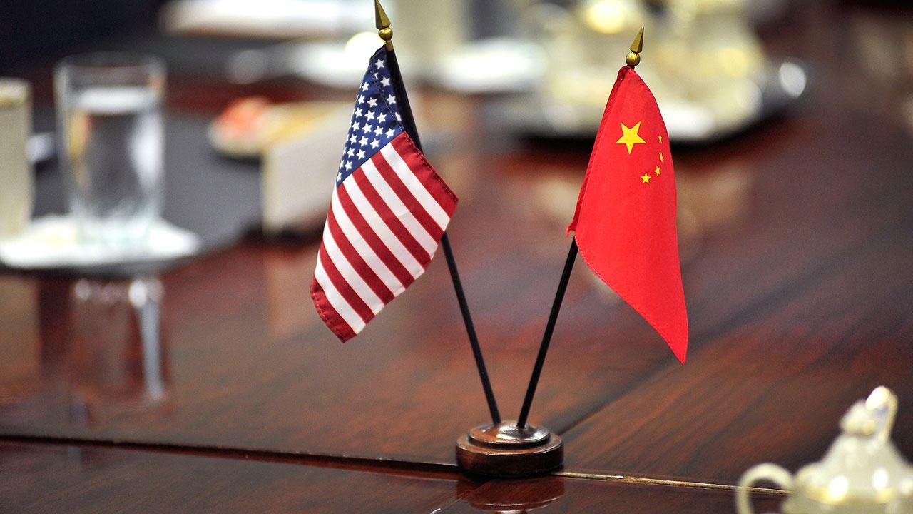 СМИ: Китай отпустил двух американцев после трехлетнего «запрета на выезд»
