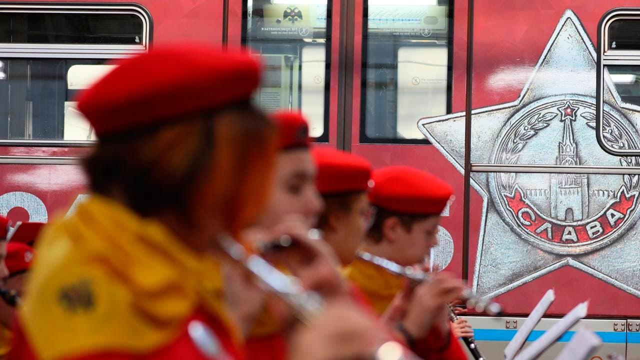 Тематический поезд к 80-летию начала Битвы за Москву запустили в столичном метро