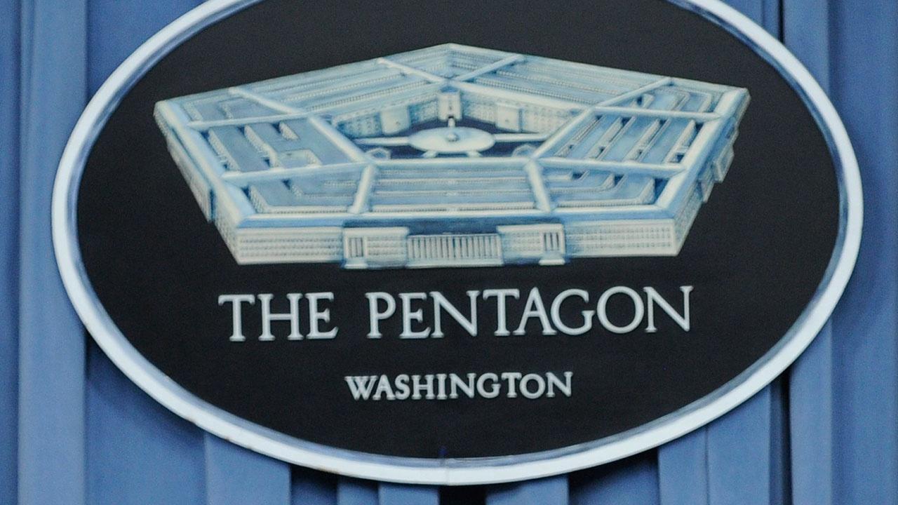 СМИ: сотрудник Пентагона пытался передать иностранным «шпионам» данные в сэндвиче