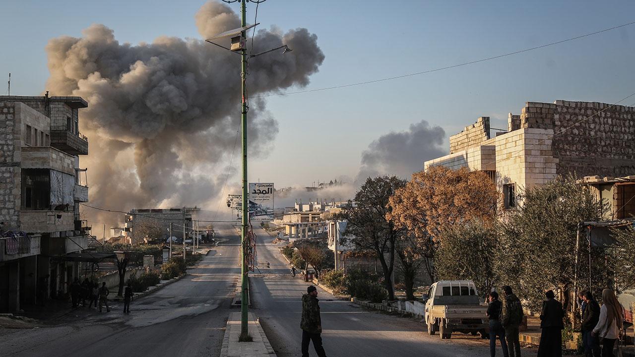 Сирийский военный ранен в результате снайперского обстрела боевиков в провинции Идлиб
