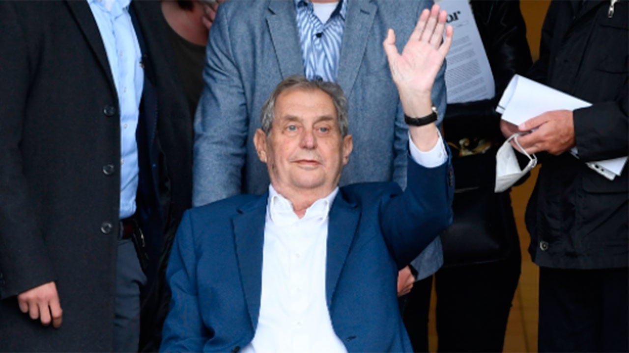 Врачи установили диагноз президента Чехии Милоша Земана